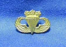 WWII - Korean War Chinese Nationalist Army Airborne Paratrooper Jump Wings Badge