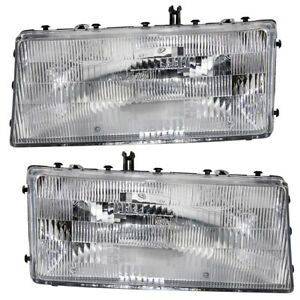 Pair Set Headlights Headlamps Lens & Housing Assembly for Acclaim Spirit LeBaron
