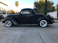 1936 Ford MODEL 68 DELUXE 3 WINDOW COUPE