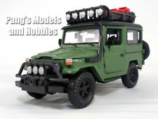 Toyota FJ40 Land Cruiser 1/24 Scale Diecast Metal Car Model - GREEN - Overland