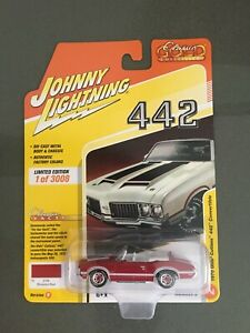 JOHNNY LIGHTNING 1:64 1970 OLDSMOBILE CONVERTABLE 442 DIE-CAST RED JLSP102-B
