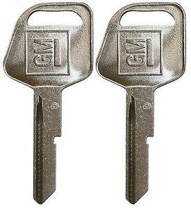 *~ 2 New OEM 12390306 GM LOGO Pontiac Buick Chevy Key Blanks Strattec 321622