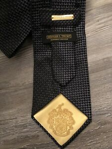 Donald J Trump Signature Collection 100% Silk Tie Black Gray Men's Geometric