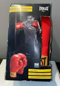 Everlast Small Laceless Boxing Traditional Training Gloves Red- Small #2968T NEW