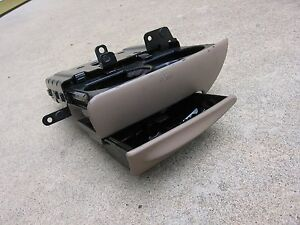 1997 1998 ONLY - Ford EXPEDITION / Lincoln NAVIGATOR CUP Holder w/ASH TRAY 97 98