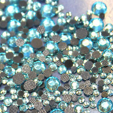 Assortiment strass TURQUOISE CLAIR en verre hotfix s06 + s10 + s16 + s20 n°(132)