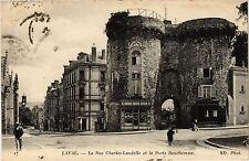 CPA Laval - La Rue Charles Landelle (255096)