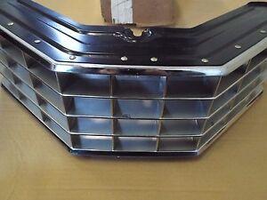 NOS Radiator Grill 1971/71 Mercury Montego MX Brougham-Villager Station Wagon OE