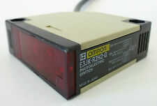 OMRON E3JK-R2H2-G Lichtschranke Photoelectric Switch Lichttaster Dark-On 10-30V