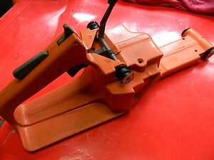 HUSQVARNA 268 CHAINSAW GAS FUEL TANK HANDLE   ----------------  BOX1574F