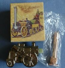 Avon Golden Rocket 0-2-2 Decanter 6 oz. Wild Country After Shave In Box Full