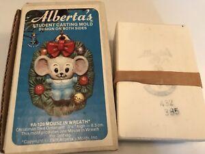 "Vtg 1978 Alberta's A128 Xmas 3.25"" Mouse In Wreath Ceramic Casting Mold Ornament"
