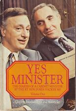 YES MINISTER ! The DIARIES of a CABINET MINISTER - The RT.HON JAMES HACKER MP