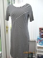 """""""marks and spencers""""fabulous black/ white stripey sz 12 fitted dress"""