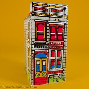 Wade Whimsies (1984/86) San Francisco Painted Ladies Mansions - SF/2 White Lady