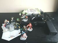 Xbox 360 Slim S 4GB Console Bundle 3 Games Disney Infinity 1 Official Controler