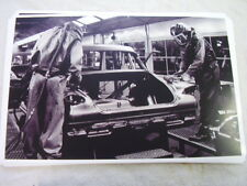 1960 PLYMOUTH VALIANT ASSEMBLY LINE   11 X 17  PHOTO  PICTURE