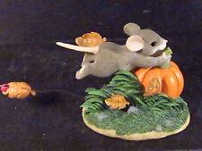 Charming Tails Autumn Breezes Mouse Pumpkin 85/501