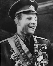 """Yuri Gagarin10"""" x 8"""" Photograph"""