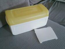 Boîte à mie a pain tupperware  jaune et blanche