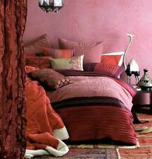 Linen House Queen Quilt cover set Suzani Red Great set for Winter