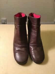 DKNY JEANS Brown leather ankle boots  UK5/EU39/US SIZE 7M VGC