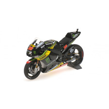 Minichamps 122 153038 Yamaha YZR-M1 Tech3 Bradley Smith MotoGP 2015