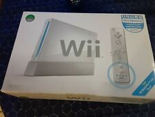 White Nintendo Wii Console with Wii Sports bundle (brand new open box)