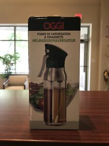 Oggi 6004 Mix and Mist Combination Oil and Vinegar Spray Bottle, New.