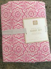 Pottery Barn Teen Greta Geo Twin 3 Piece Sheet Set Pink NEW