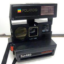 Vintage Polaroid Sun 660 Instant Camera w/ Strap Auto Focus Uses 600 Film