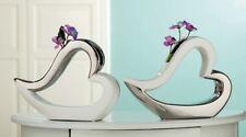 Die edle Design Blumenvase liegendes Herz - chrom - weiß  - Herzvase