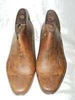 ANTIQUE FRENCH SHOE LAST FORMS MOLDS SHAPERS COBBLERS TREEN METAL BASE SZ 6/5
