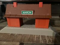 Thomas & Friends Maron Station Depot for Trackmaster trains MATTEL Building 2012