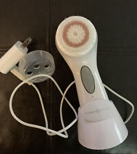 Clarisonic Mia 3 White Sensitive Brush Head With charger NWOT