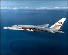 8X10 USAF PHOTO SP178 F-4 PHANTOM II AIRCRAFT ON A BOMBING RUN IN VIETNAM