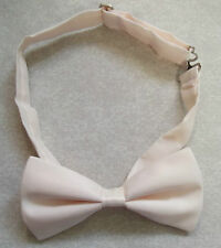 """PALE PEACH MENS DICKIE BOW TIE ADJUSTABLE BOWTIE NEW ADJUSTABLE 14"""" TO 19"""""""