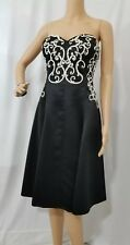 White House Black Market size 8 Fit and Flare Dress  Lined Self Bra, Formal