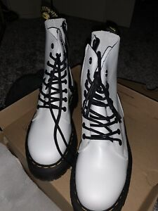 doc martens boots size 6