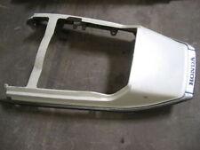 Carene, code e puntali bianchi posteriore per moto