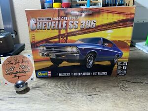 Revell 1/25 Chevy 1969 Chevelle SS