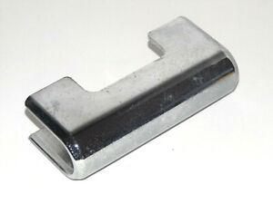UM / Hyosung V2C-250T : Front Turn Signal Light Bar Cover (51710HJ8201) {M1562}