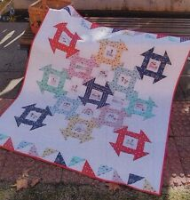 Strawberry Picnic  - pretty pieced quilt PATTERN - Tied with a Ribbon