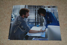 TJ THYNE signed  Autogramm In Person 20x25 cm BONES King of the Lab