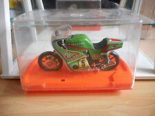 Guiloy Motor Kawasaki in Green on 1:10 in Box