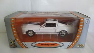 SHELBY GT 500 1967 ROAD SIGNATURE SCALA 1/24