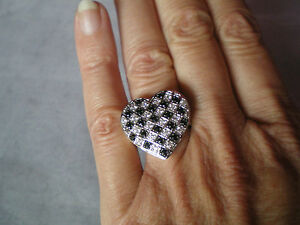 Black Spinel & Zircon ring, 0.93 carats, size P/Q, 5.83 grams of 925 Ster Silver