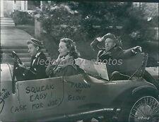 1950 Cheaper by the Dozen Original Press Photo Clifton Webb