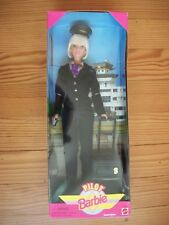 ★ Poupée Barbie pilote d'avion Barbie commandant de bord de 1999 ★
