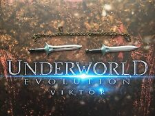 Star Ace Underworld Evolution Viktor Daggers x 2 & Chain loose 1/6th scale